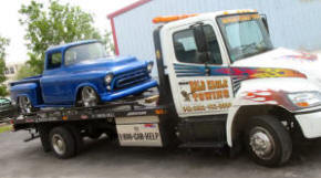 Emergency towing recovery breakdown fort myers naples for Pelican motors fort myers florida